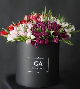 Тюльпаны в коробке Marta