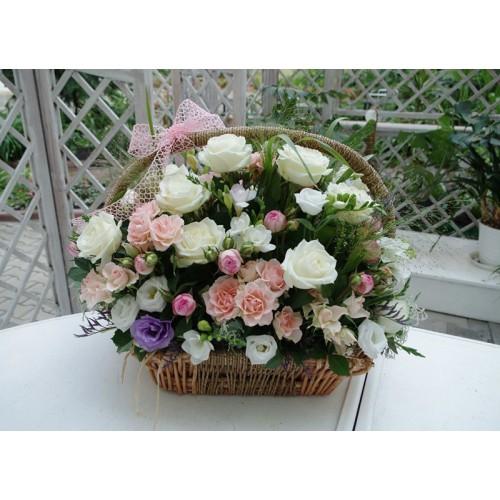 Корзина цветов Yves Piaget
