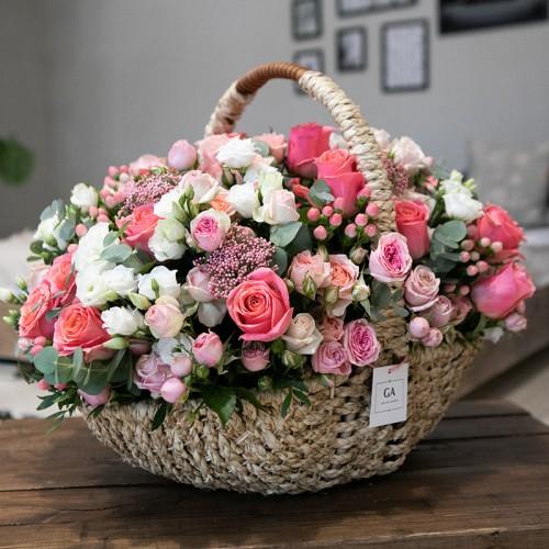 Корзина цветов Grand Amore