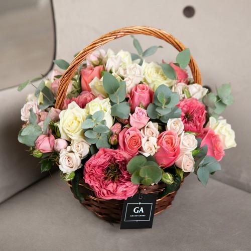 Корзина цветов Milana