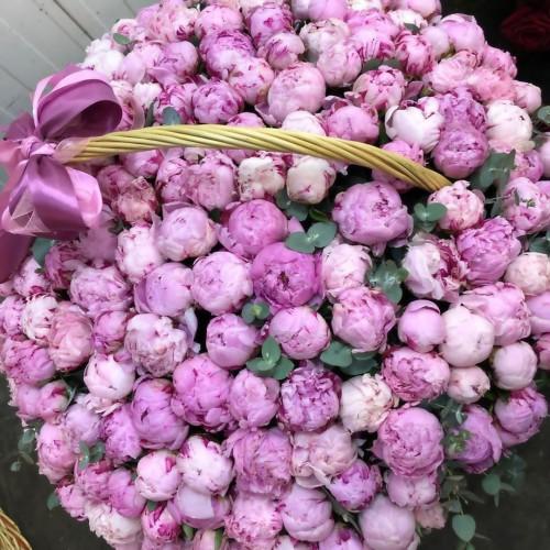 Корзина цветов Benetton