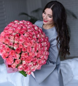 Розы MARY 101 роза