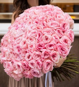 Розы DARSY 101 роза