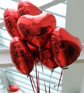 Набор шаров RED Hearts
